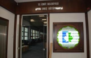 İzmit Belediyesi, Çetin Emeç'in ismini kütüphanede...