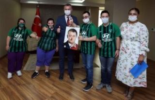 Başkan Büyükakın destek verdi, Değirmendere'de...