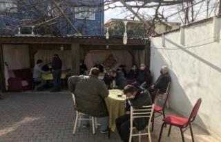 Bursa'da dernek lokalindeki 16 kişiye para cezası