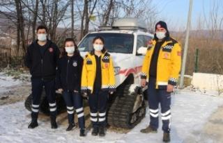 Demirköy'de 112 Acil Sağlık ekipleri zorlu kış...