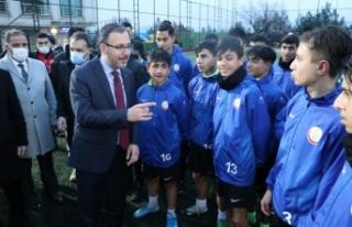 Gençlik ve Spor Bakanı Kasapoğlu, Tillo ve Baykan...