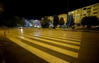 Trakya'da sokağa çıkma kısıtlamasında cadde...
