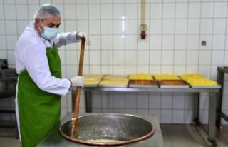 Atalarından kalan peynir helvasını geleneksel tarifiyle...