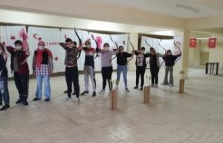 Pazaryeri'nde okçuluk kursu açıldı