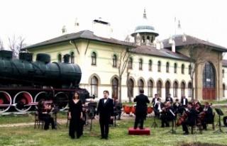 Balkan Senfoni Orkestrası 18 Mart Şehitleri Anma...