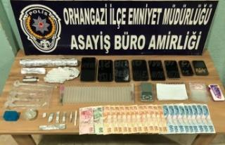 Bursa'daki uyuşturucu operasyonunda 2 kişi yakalandı