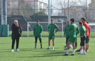 Yalovaspor'da teknik direktörlüğe Bayram Koçgündüz...