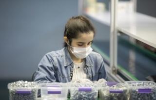 Zihinsel engelli kadın, İŞKUR desteğiyle fabrikada...