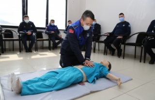 Kandıra Belediyesinin 64 Personeli ilk yardım kursu...