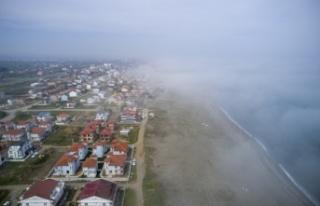 Sakarya'da etkili olan sis, Karadeniz sahillerinde...