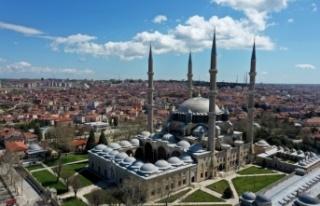 Selimiye Camisi'nde ramazan öncesi dezenfeksiyon,...