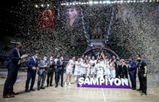 Kadınlar Basketbol Süper Ligi'ne yükselen Bursa...