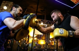 Profesyonel kick boksçu Muhammed Dursun'un hedefi...