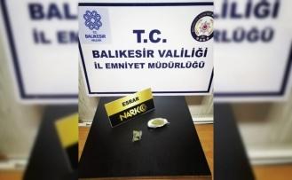 Balıkesir'de uyuşturucu operasyonlarında yakalanan 18 şüpheliden ikisi tutuklandı