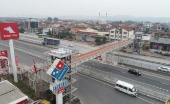 Köseköy Köprülü Kavşağı'na modern üst geçit