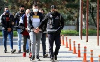Göçmen kaçakçılığı yaptığı iddia edilen şüpheli tutuklandı