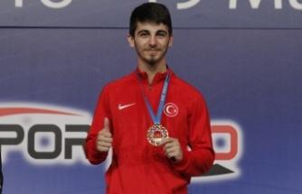 Şamdan, Altın Madalya Kazandı