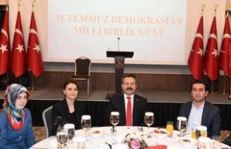 """""""15 Temmuz Günü Türk Milleti Bütün Dünyaya İspat Etmiştir."""""""