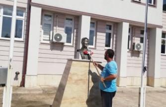 İzmit Belediyesi Okullardaki ATATÜRK büstlerini yıkıyor