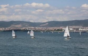 Yelkenler Zafer Kupası için yarıştı