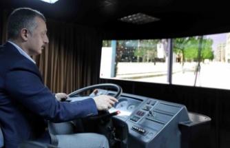 ''Her yıl 2500 toplu taşıma sürücüsüne eğitim veriyoruz''
