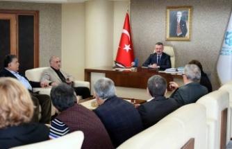 Başkan Büyükakın, Sivaslı vatandaşları konuk etti