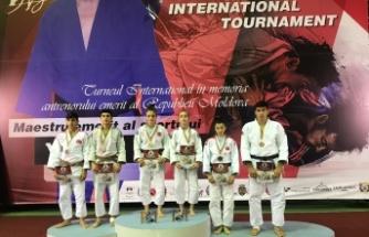 Genç judocular gelecek vadediyor