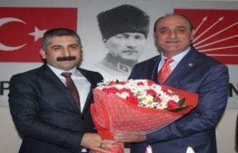 CHP Gebze'de Gökhan Orhan görevi Musa Yılmaz'dan  devraldı