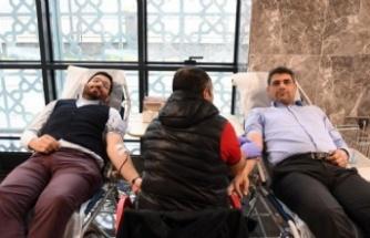 Kocaman'dan, Kan bağışı