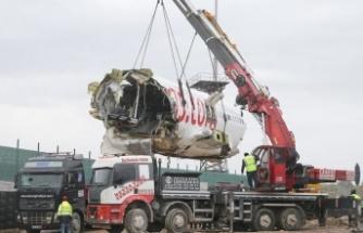 Uçağın enkazı Gebze'ye getirildi