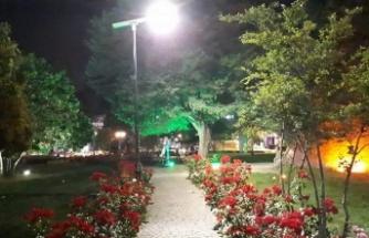 Güneş artık İzmit'te geceyi de aydınlatıyor