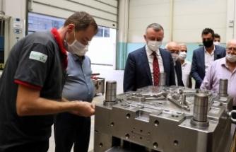 Başkan Büyükakın, ''OSB'lerimizde muhteşem bir üretim kapasitesi var''