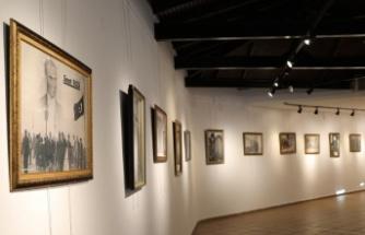 İzmit Belediyesinden 10 Kasım'a özel Atatürk fotoğrafları sergisi