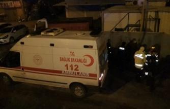 Bursa'da şarampole devrilen kamyonun sürücüsü yaralandı