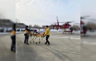 Harmancık'ta rahatsızlanan kişi, ambulans helikopterle Bursa'ya götürüldü