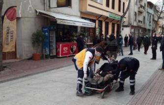 Köpeğe çarparak devrilen motosikletin sürücüsü yaralandı