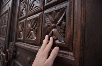 Osmaneli'ndeki tarihi konakların ahşap kapıları geleceğe aktarılıyor