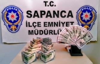 Sakarya'da sahte dolar bozdurduğu gerekçesiyle yakalanan Suriye uyruklu kişi serbest bırakıldı