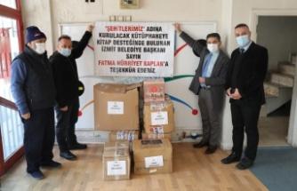 Üç şehidin adının yaşatılacağı üç kütüphaneye İzmit Belediyesinden kitap desteği