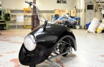 """İki arkadaş """"Kaplumbike"""" adını verdikleri özgün tasarımlı motosiklet üretti"""