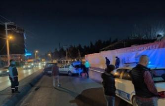 Kocaeli'de 4 otomobilin karıştığı kazada 2 kişi yaralandı