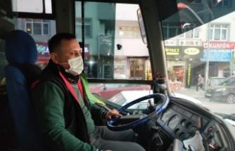 Gebze'de  HES kodu uyarısı yapan şoföre saldırı güvelik kamerasına yansıdı