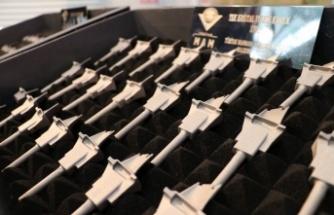 TÜBİTAK'ta üretilen ilk set tek kristal türbin kanatları TEI'ye teslim edildi