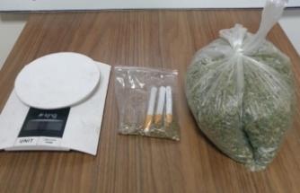 Karacabey'de uyuşturucu operasyonunda yakalanan 2 şüpheli tutuklandı