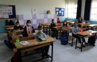 Trakya'da yeni normalleşme süreciyle okullarda yüz yüze eğitime başlandı