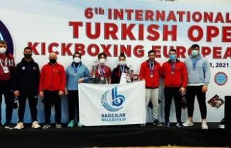 Bağcılar Belediyesi sporcuları, Türkiye Açık Kick Boks Avrupa Kupası'nda 6 madalya kazandı