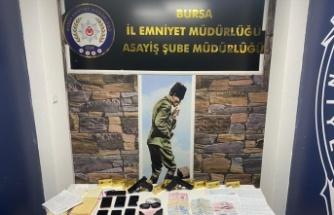 Bursa merkezli 5 ilde düzenlenen fuhuş operasyonunda 10 şüpheli tutuklandı