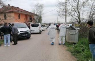 Kartepe'de 85 yaşındaki kişi evinde bıçaklanarak öldürüldü