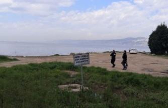 Kocaeli'de kaçak kum midyesi avcılığı yapan 4 kişiye para cezası