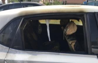 Kocaeli'de evinde silahlı saldırıya uğrayan kadın ile eniştesinin kundaklandığı öne sürülen araçları yandı